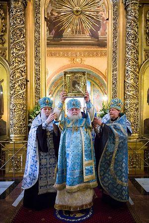 Митрополит Истринский Арсений, протопресвитер Владимир Диваков и архимандрит Дионисий (Шишигин)