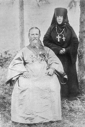 Игумения Таисия с о. Иоанном Кронштадтским.