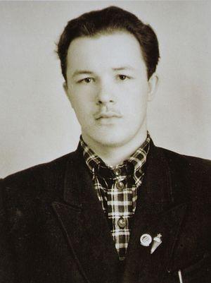 Студент Валериан Кречетов
