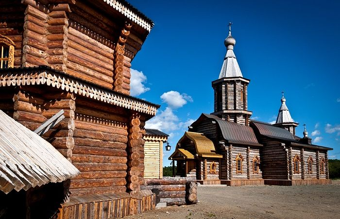 The St. Triphon of Pechenga Monastery in the village of Luostari, Murmansk province. Photo: skyscrapercity.com.