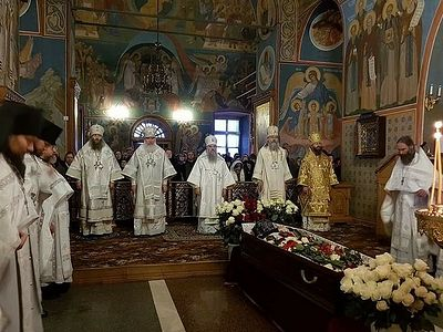 В Оптиной пустыни совершены отпевание и погребение наместника обители архимандрита Венедикта (Пенькова)