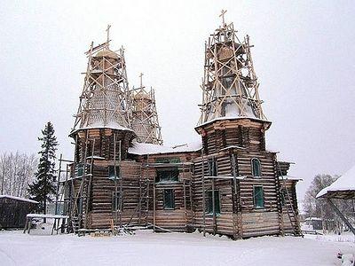 Реставрацию единственного в России пятишатрового храма возобновили в Архангельской области