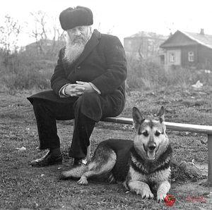 Митрополит Иоанн. Ярославль. На берегу реки Которосль. 1970-е гг.