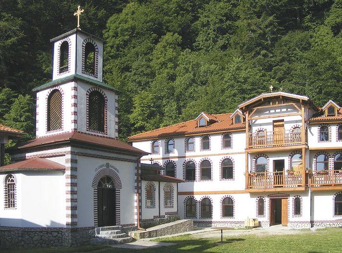Монастырь Архангела Михаила в с. Кокаляны