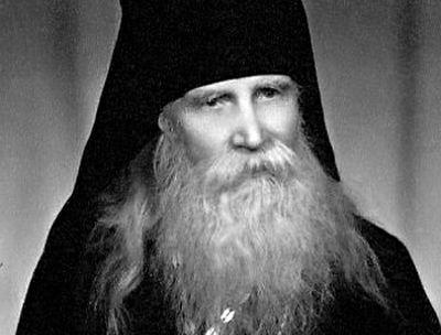 Архимандрит Таврион (Батозский): «Креститься-то можно... Надо веру иметь!»