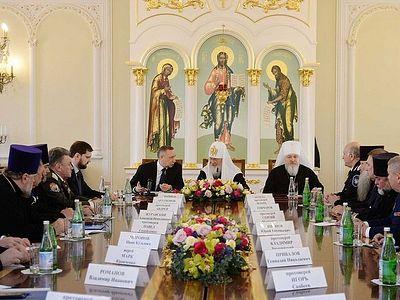 Патриарх Кирилл встретился с атаманами реестровых казачьих войск и войсковыми казачьими священниками