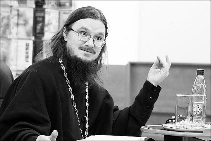 Отец Даниил Сысоев