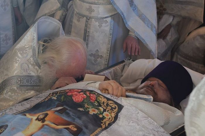 Протоиерей Георгий Глазунов. Прощание с сыном