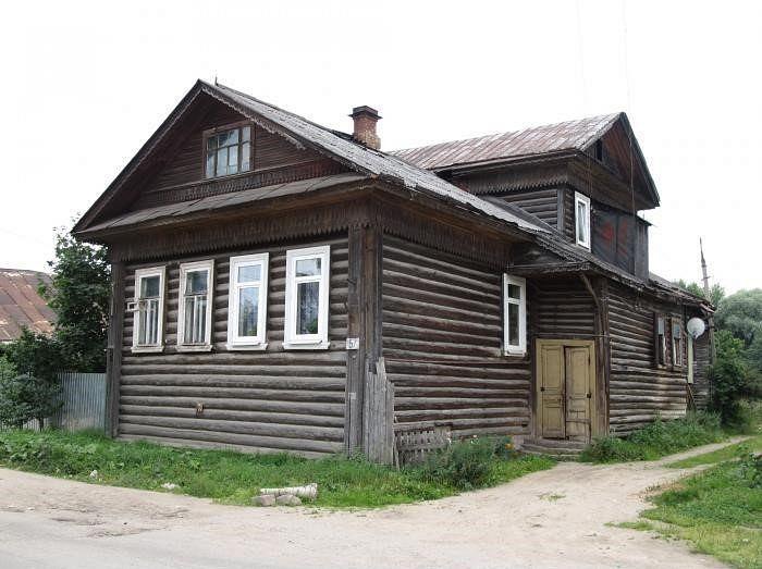 Город Вышний Волочек, ул. Урицкого, 67, дом Малышевых