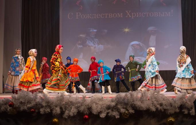 выступление театра «Ситцевая Русь»