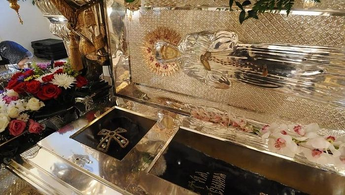 St. Matrona's relics at Pokrov Monastery, where they now lay. Photo: newstracker.ru