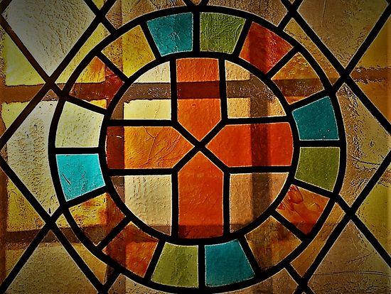 Витраж предела в честь Рождества Иоанна Крестителя в соборе Сретения Владимирской иконы Божией Матери. Сретенский монастырь