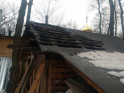 В Киеве в седьмой раз попытались сжечь храм Украинской Православной Церкви в Бабьем Яру