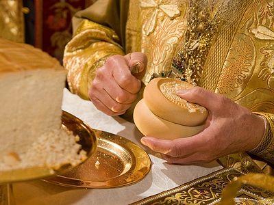 Как усопшие заступились за пьющего священника