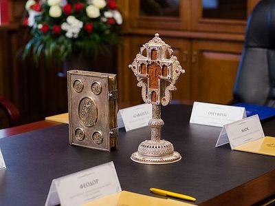 Синод Украинской Православной Церкви: Вмешательство государства во внутренние дела Церкви недопустимо