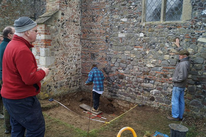 Latest excavations next to the Reedham church of St. John the Baptist, Norfolk (photo kindly provided by the churchwarden of Reedham church)