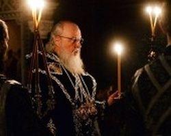 Патриарх Кирилл совершил панихиду по жертвам трагедии в Кемерове