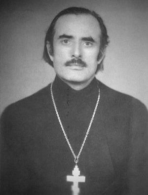 Священник Михаил Потапов
