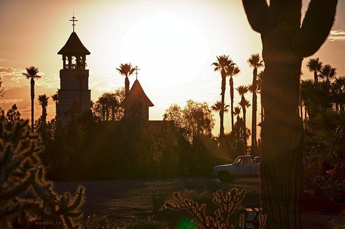 Монастырь святого Антония в Аризонской пустыне