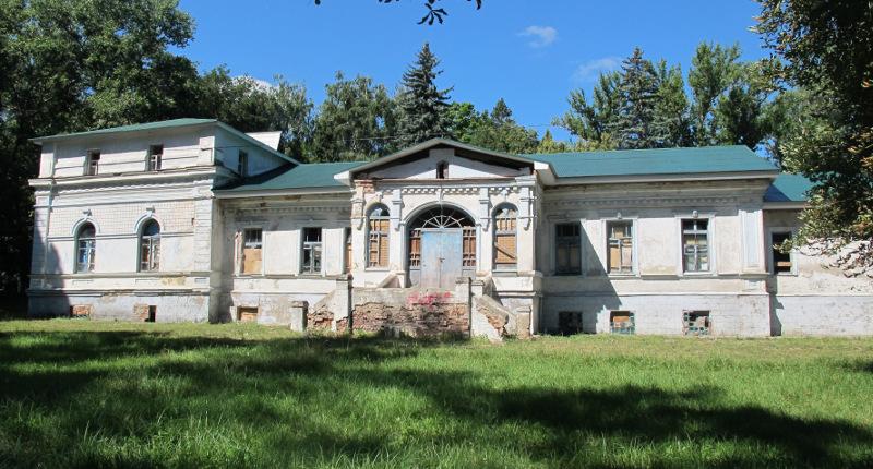 Главный дом усадьбы В.Н. Снежкова