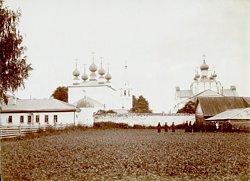 Загрузить увеличенное изображение. 600x437px.  Размер файла 67,70kb Федоровский монастырь в Городце. Фотограф М.Дмитриев. Конец XIX века