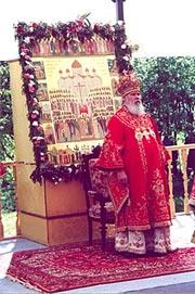 27 мая 2000 г. на Бутовском полигоне Святейший Патриарх Алексий совершил Божественную Литургию
